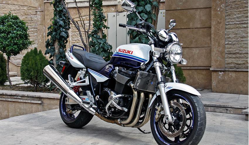 موتورسیکلت سوزوکی 1400
